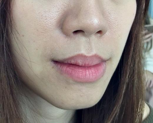 【繡唇】高雄紋唇推薦◆蜜糖唇完成讓我看起來更年輕更白皙好推薦!Double Q明誠店繡唇專業來著